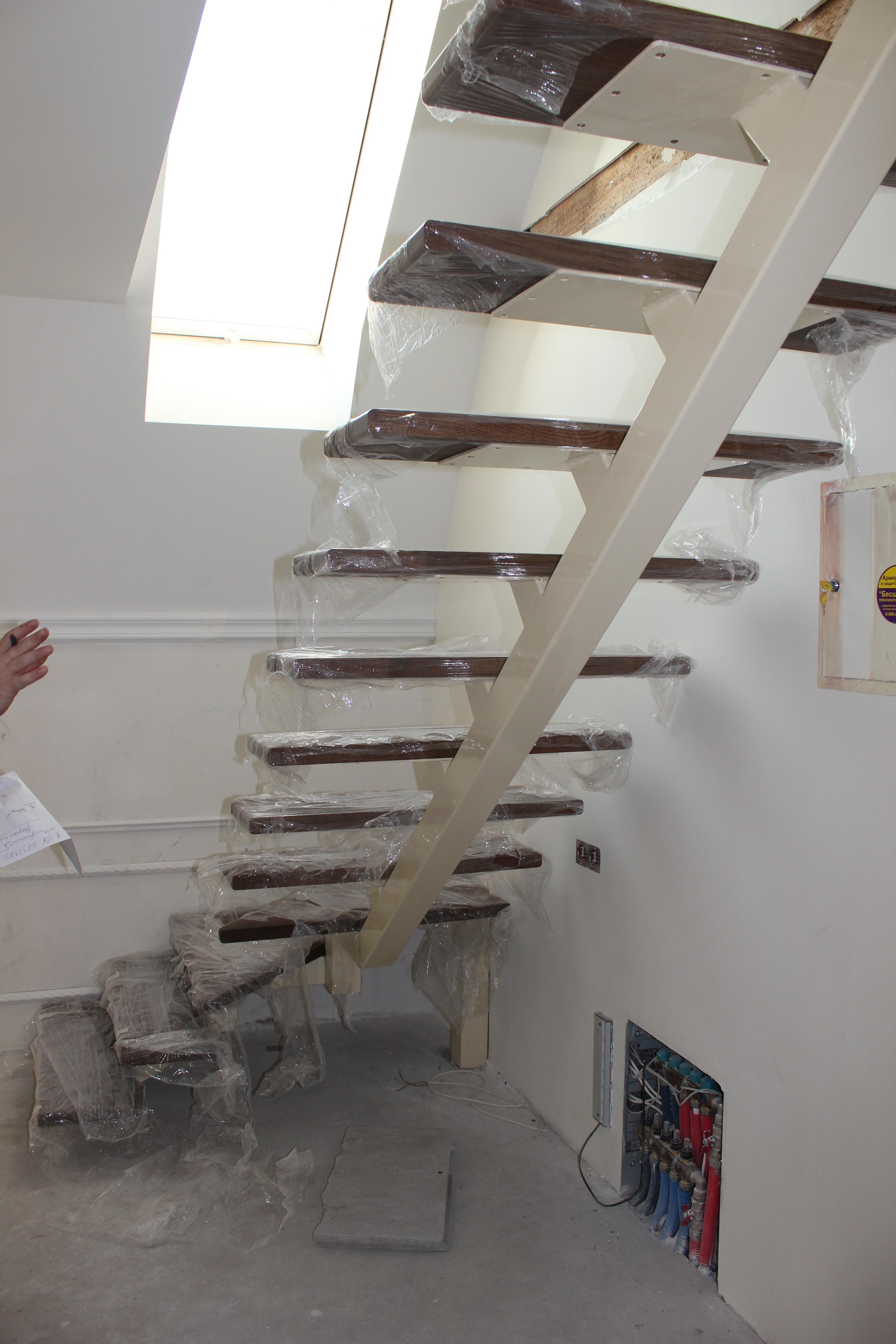 Как сделать лестницу между этажами своими руками